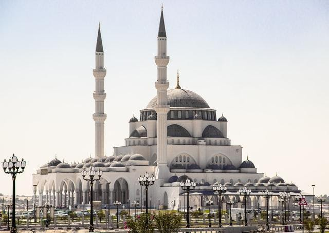 5 Topmost Mosques in UAE 2021